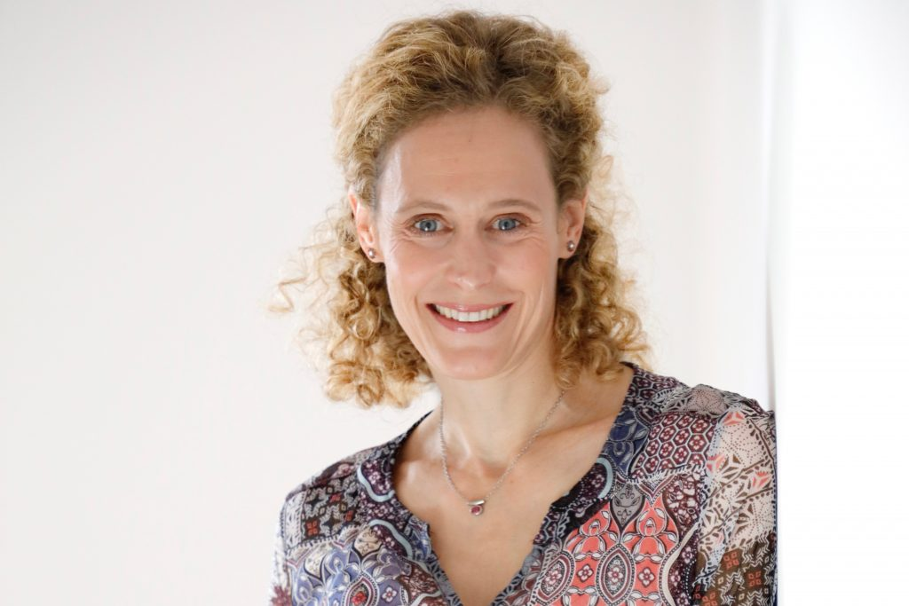 Dr. Nicole Prommer